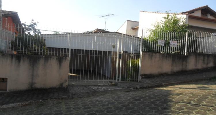Rua Carlos de Ávila