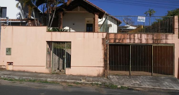 Rua Antônio Teixeira Valle